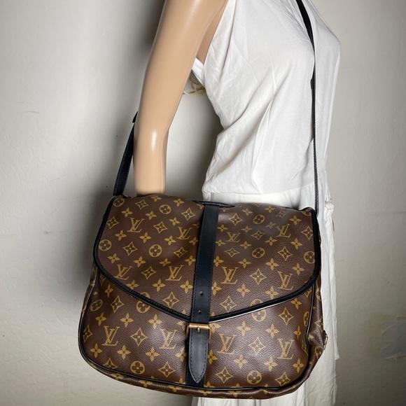 ✅Authentic ✅LOUIS VUITTON Saumur 35 Shoulder bag